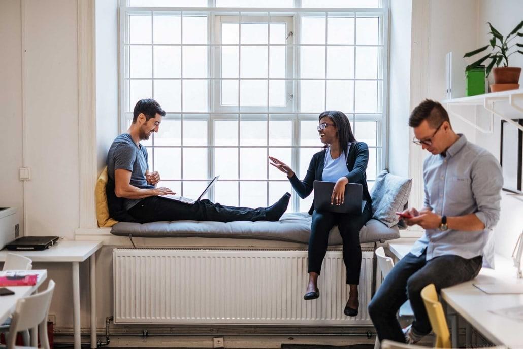 Arbetar på ett coworking space i Malmö